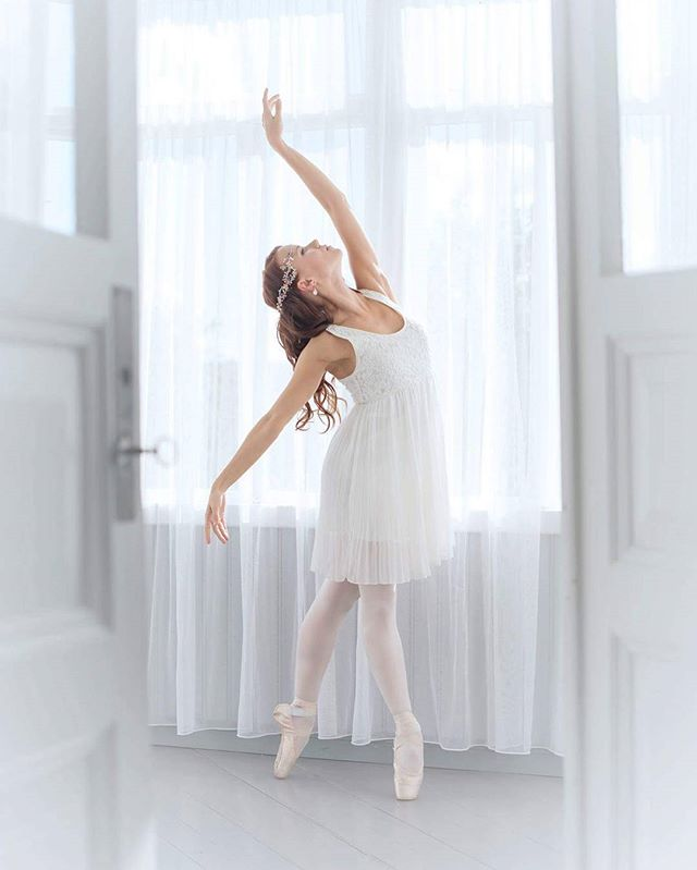 Kuva&muah @ninkadesign, malli Linda, korut Ninka.fi #ninkadesign #ninka® #hairjewellery #hairdesign #headpiece #dancers #ballet