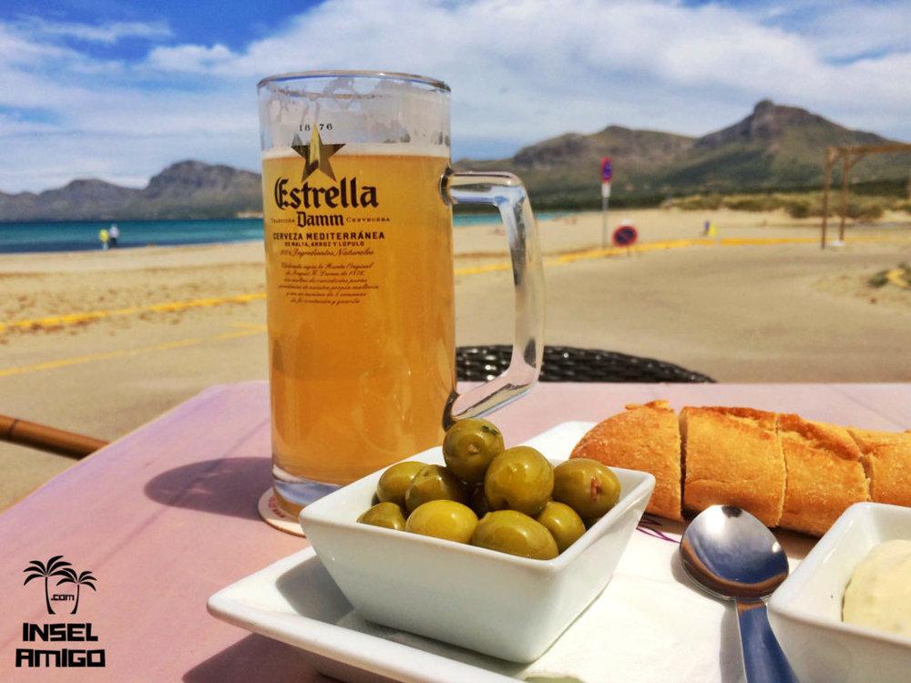 Trinken und Essen mit Traumblick