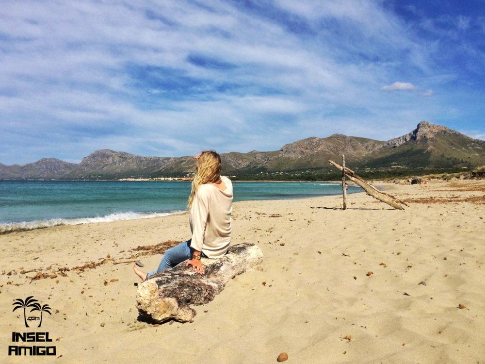 Der Strand von Son Serra de Marina