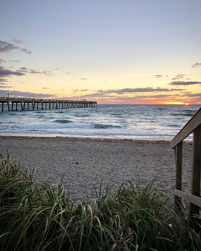 Best way to start the day... morning photoshoot 🎥 . #splash #agentsea #agency #digitalmedia #marinemedia #morning #sunrise #photoshoot #photooftheday #workmode #tranquilo #beach #pier #IGatsea #locationscout #soflo #februaryfeels #daniabeach #florida #earlybird