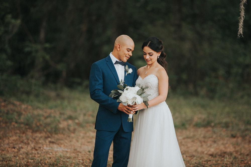 Vanessa+Miguel-FirstLook-30.jpg