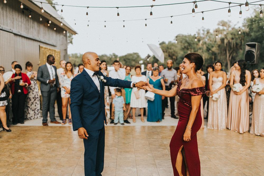 Vanessa+Miguel-reception-49.jpg