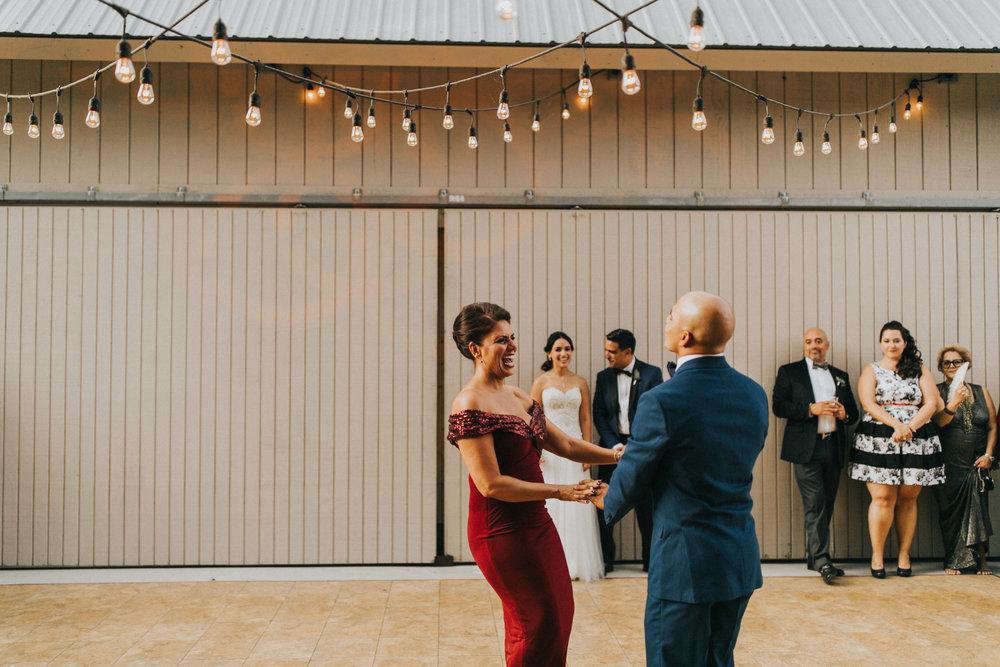 Vanessa+Miguel-reception-50.jpg