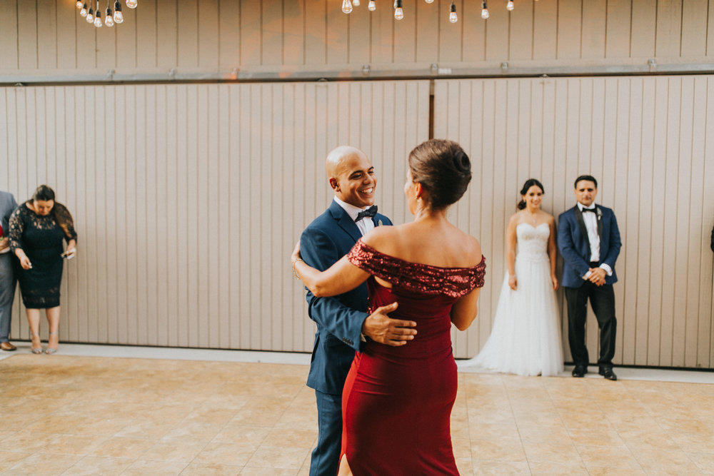 Vanessa+Miguel-reception-55.jpg