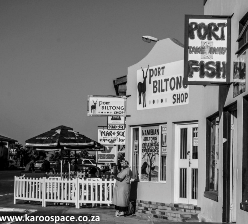 Photos of Port Nolloth and the diving boats by Chris Marais of www.karoospace.co.za.