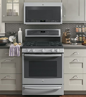 GE Appliances Connected Oven