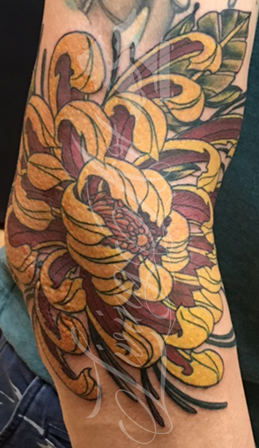 chris owen tattoo_chrysanthemum tattoo_japanese tattoo.jpg