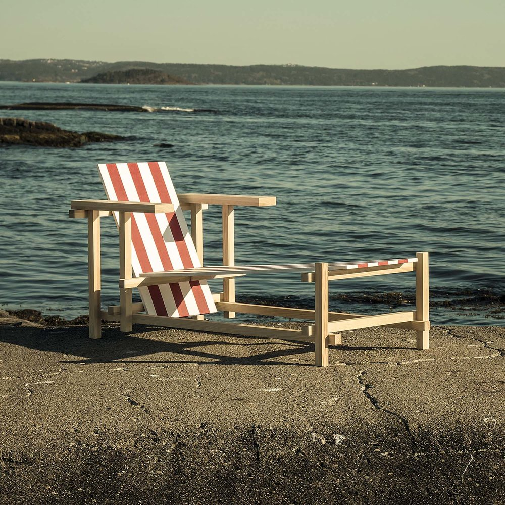 Red & White Sunlounger, 2016