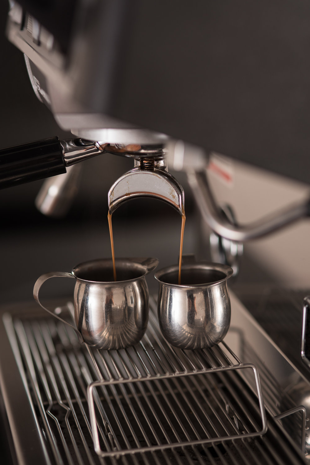 Perfect espresso pour with caramel crema. Espresso Elegance ™  Catering in Seattle, Washington and Portland Oregon.  Photo by Rebecca Ellison Photography, all photo rights reserved.