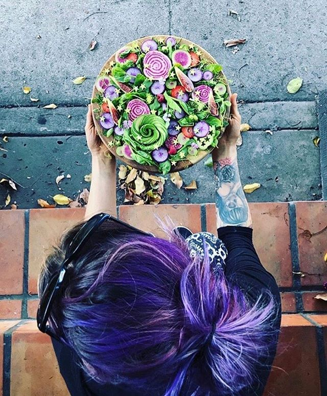 Obsessed with this salad. And hair color! 💜💜👌🏽#eattherainbow @jamie_bones @the_sunkissed_kitchen