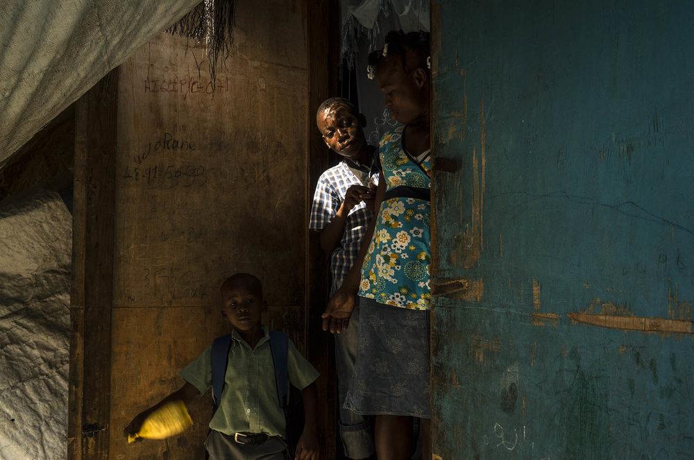 CRISTINA BAUSSAN Port-au-Prince, Haiti + San Salvador, El Salvador www.cristinabaussan.com @cbauss// @cristinabaussan