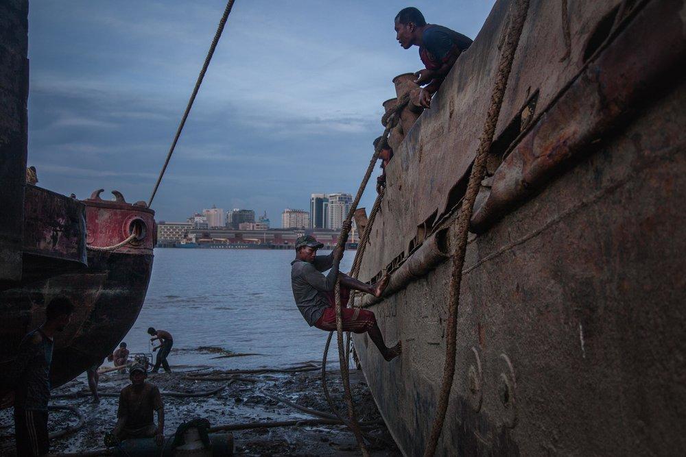 LAUREN DECICCA Bangkok, Thailand + Yangon, Myanmar  www.laurendeciccaphotography.com   @deciccaphoto  //  @laurendecicca