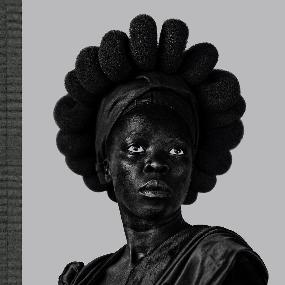 Somnyama Ngonyama, Hail the Dark Lioness   Zanele Muholi Aperture, 2018
