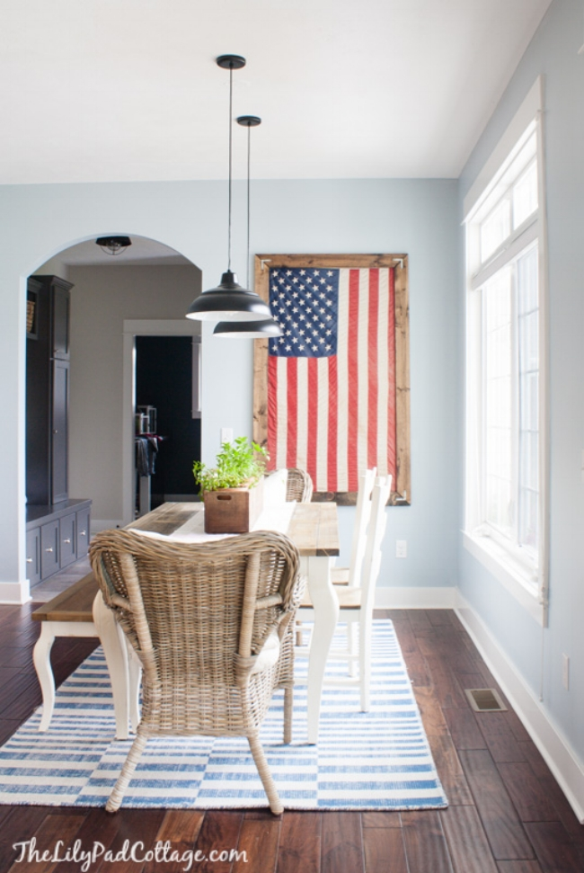 A classic. And I love it! It is patriotic & simple but makes such a statement! Even if this was the only Fourth of July decor you had in your home, it would be enough. This is a beautiful example of what I'm explaining from  Kelly's  home.