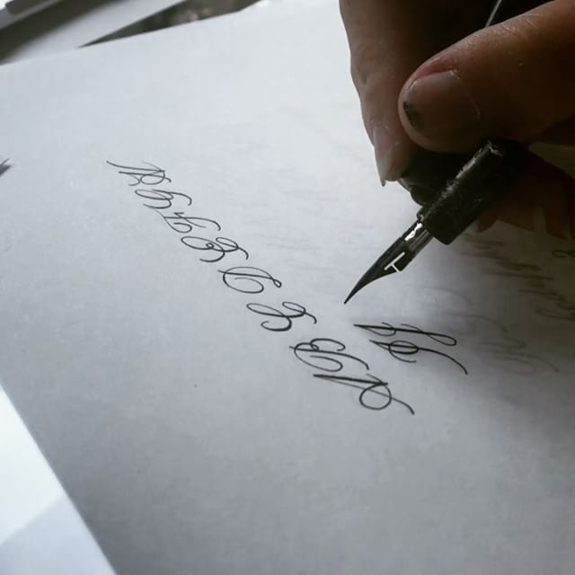 Practicing a new style for a #2019bride - this is a lot more formal for me, but I love it!  #pointedpencalligraphy #moderncalligraphy #calligraphy #calligraphyvideo #calligraphypractice #bayareacalligrapher