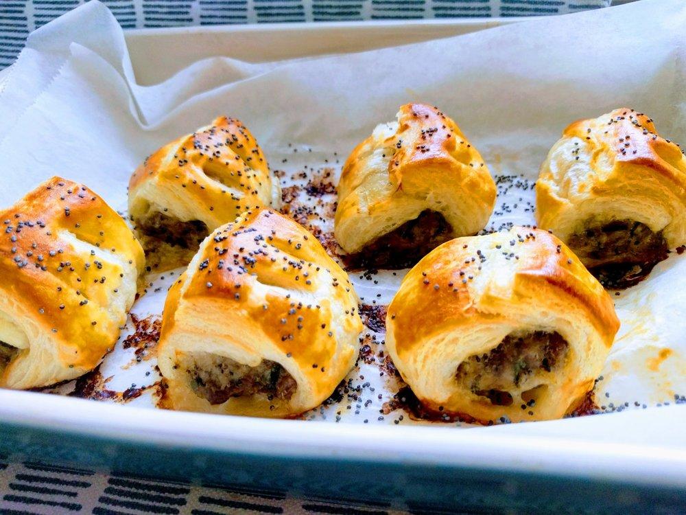 sausage rolls minis
