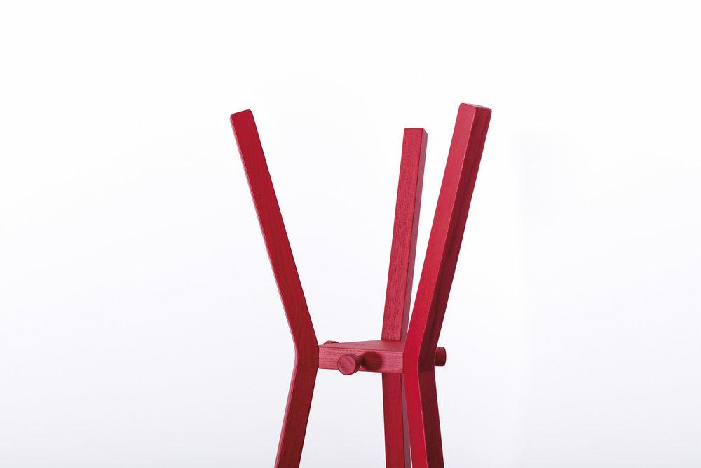 Garderobenständer-Eiche-Esche-Massivholz-werktag-Design_Möbel-11.jpg