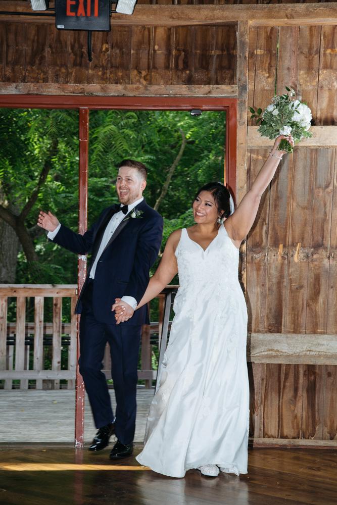 Severin-Weddings-JessMikeFZ9A3910-blog.jpg