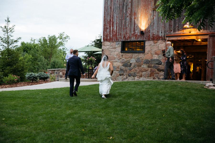 Severin-Weddings-JessMikeFZ9A4424-blog.jpg