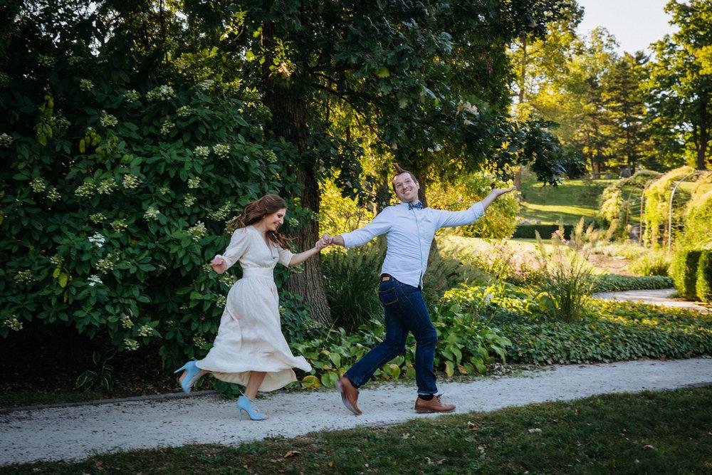 Severin-Weddings-Batavia-Gardens-Engagement-Session-09.jpg