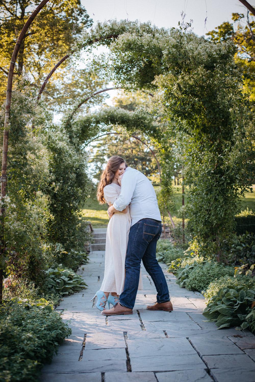 Severin-Weddings-Batavia-Gardens-Engagement-Session-11.jpg