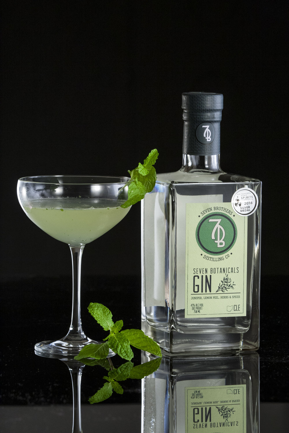 BROTHERS SOUTHSIDE - 2 oz Seven Brothers Seven Botanicals Gin.75 oz Lemon Juice.75 oz Simple Syrup4 Mint LeavesMuddle simple syrup and mint. Add remaining ingredients, shake over ice and strain into a chilled Coupe.
