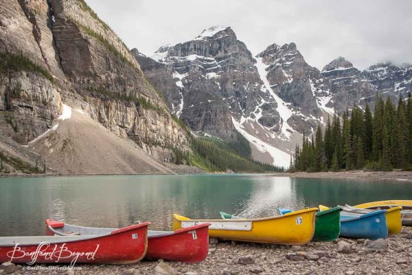 colorful-canoes-for-rent-at-moraine-lake-600x400.jpg