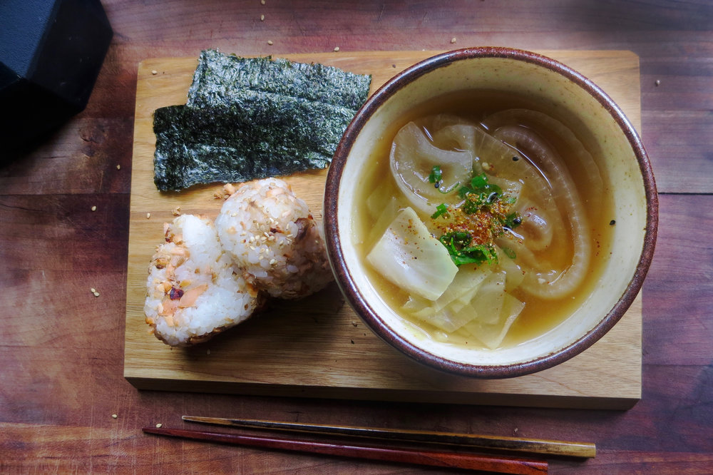 DAY 1 : Cabbage and Onion Miso Soup