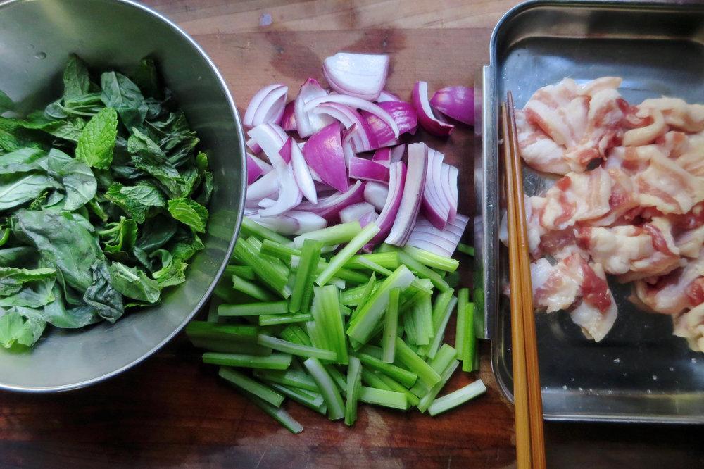 herb_pork_salad.jpg