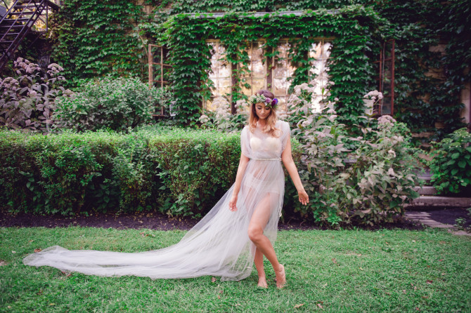 Boho Bridal Boudoir Inspiration by Roots of Life Photography // Featured on Boudoir Collective