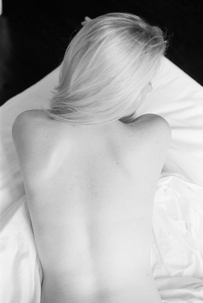 Body Study by #DeniceLaChapellePhotography // Featured on #BoudoirCollective