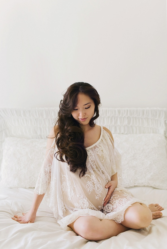 Maternity Boudoir by #Tenth&Grace // Featured on #BoudoirCollective