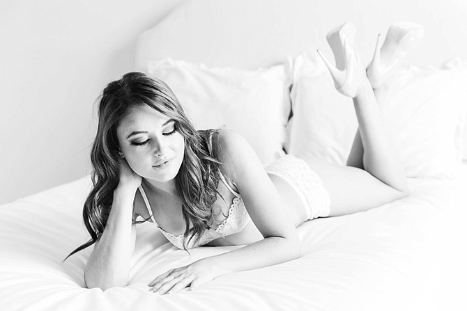 Boudoir by #AvenueOnePhotography // Featured on #BoudoirCollective