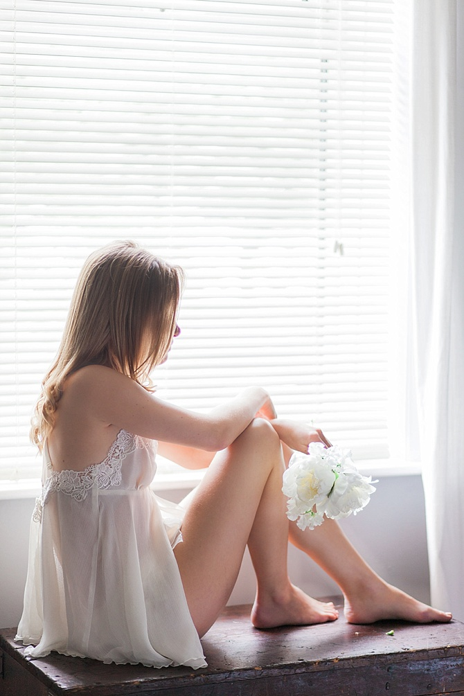 Quiet Boudoir by #TheSweetReveal // Featured on #BoudoirCollective