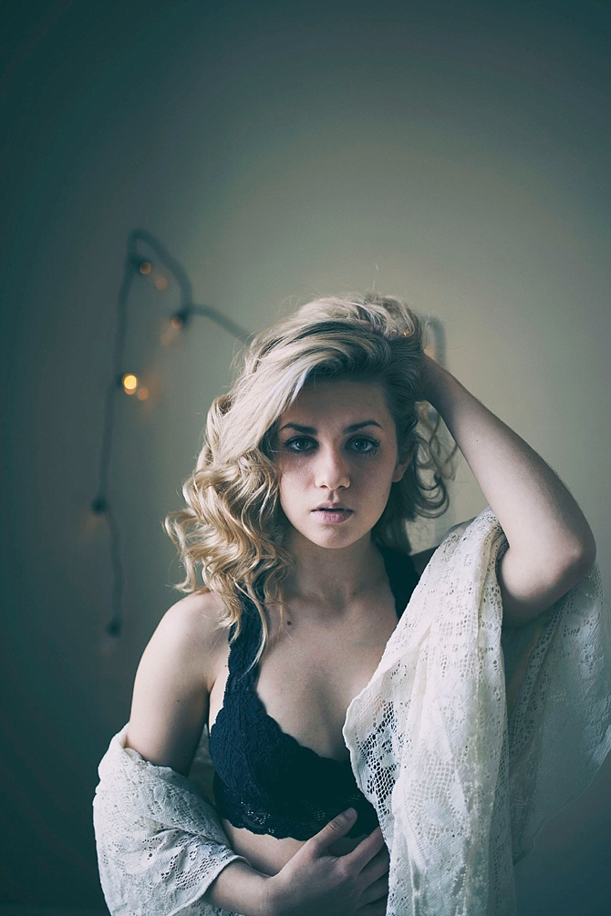 Rock N Roll Boudoir by #ShelbyChampagnePhotography // Featured on #BoudoirCollective