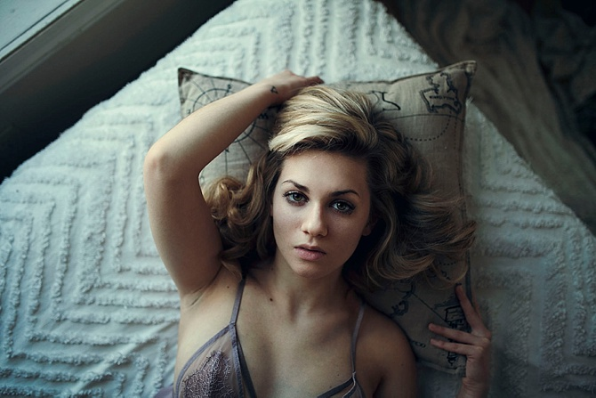 Boudoir by #ShelbyChampagnePhotography // Featured on #BoudoirCollective