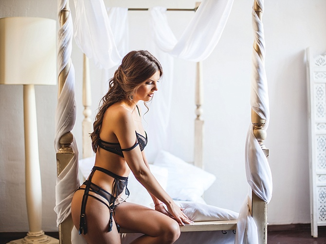 #HerBodyElegance by #thesameanna // Featured on #BoudoirCollective