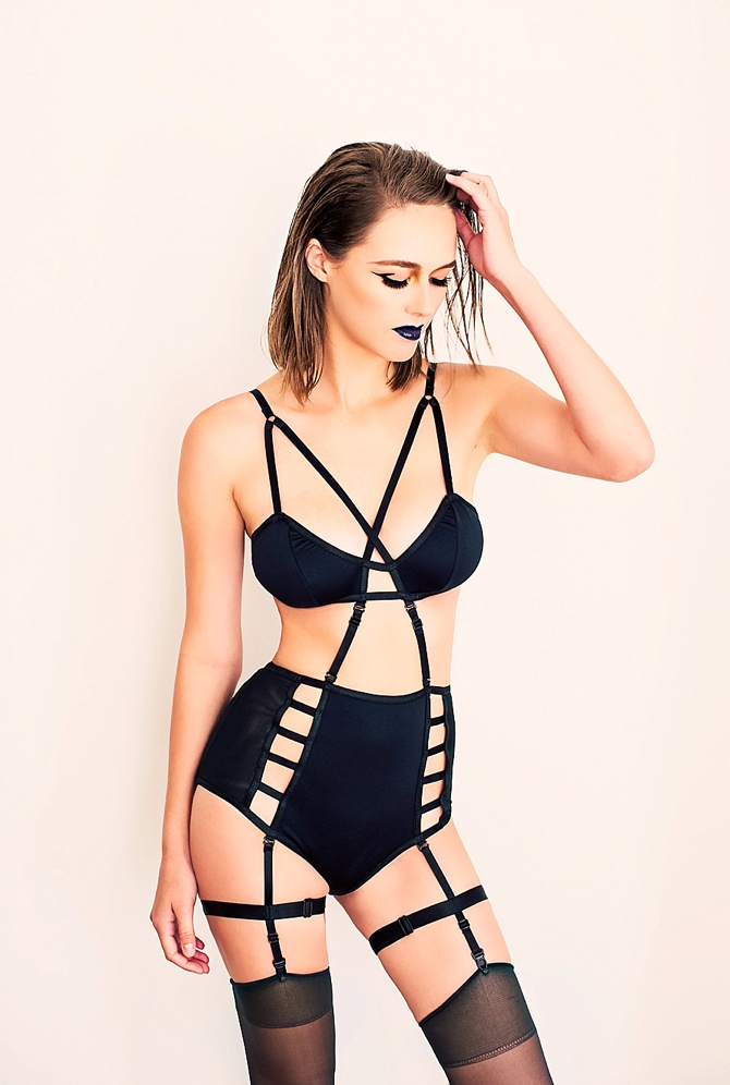 Edgy Editorial Boudoir by Ma Cherie Studios // Featured on Boudoir Collective