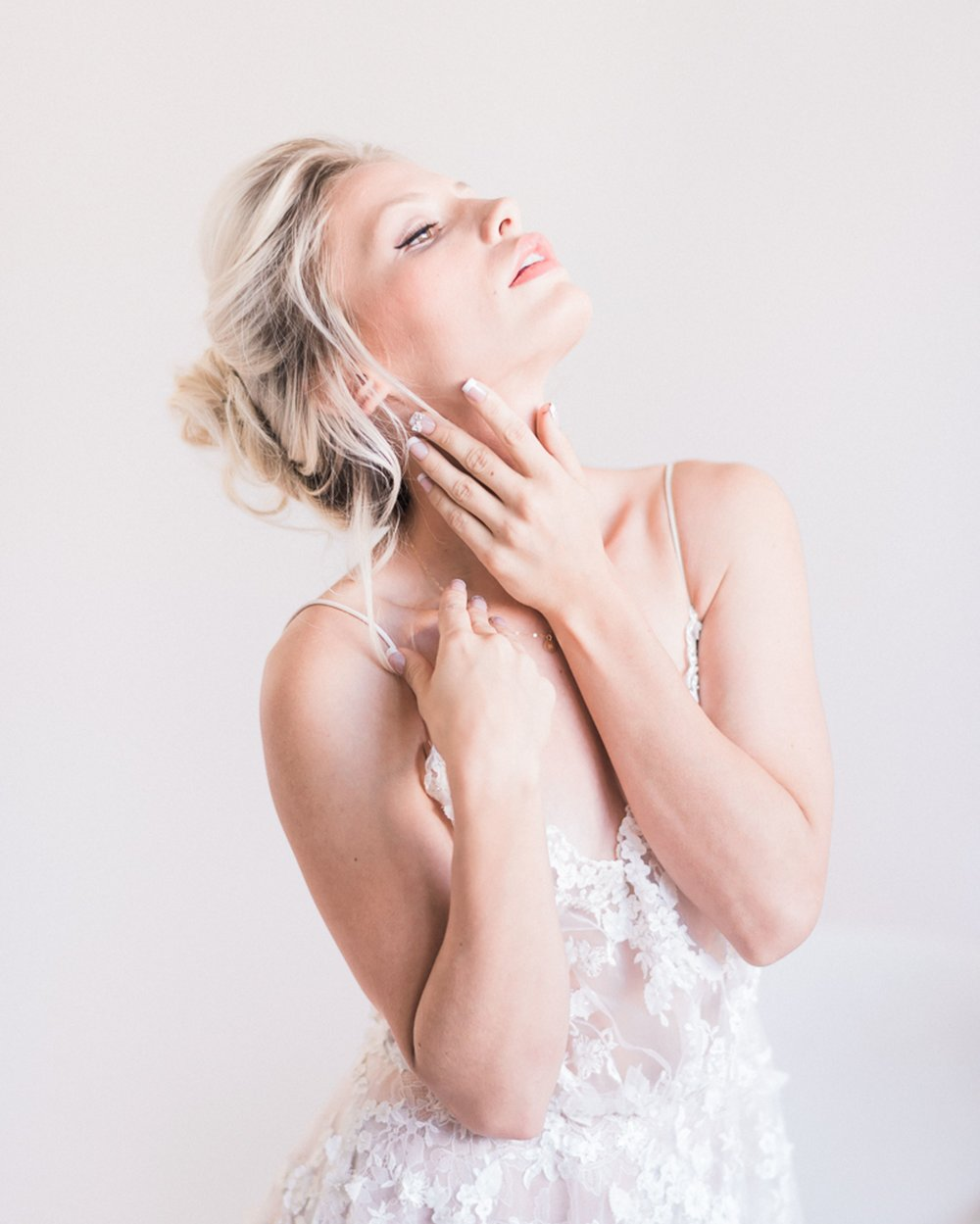 Boudoir-Collective-Luminous-Fine-Art-Bridal-Boudoir-Minted-Photography-12.jpg