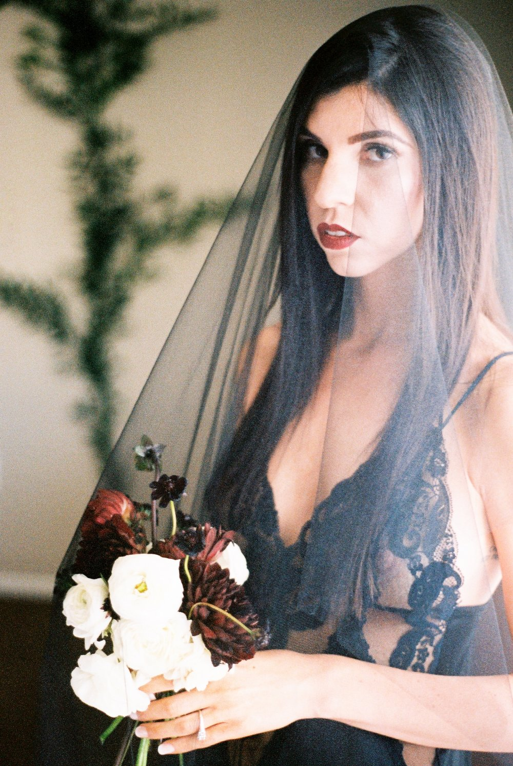 Boudoir-Collective-Fine-Art-Boudoir-Blog-Peaches-Twine-Photography-Halloween-Witch-Boudoir-22.jpg