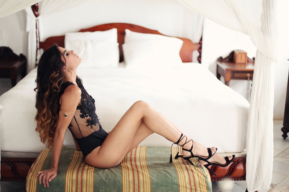 Boudoir-Collective-Fine-Art-Boudoir-Blog-and-Magazine-Vanessa-Vargas-Photography-1.jpg