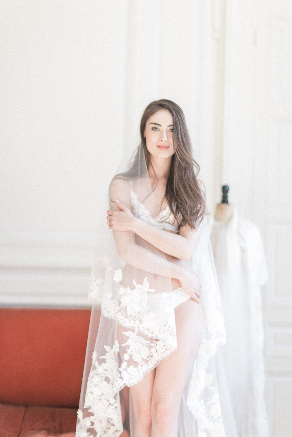 boudoir-collective-fine-art-boudoir-magazine-and-blog-christina-piombetti-photography-french-boudoir-1