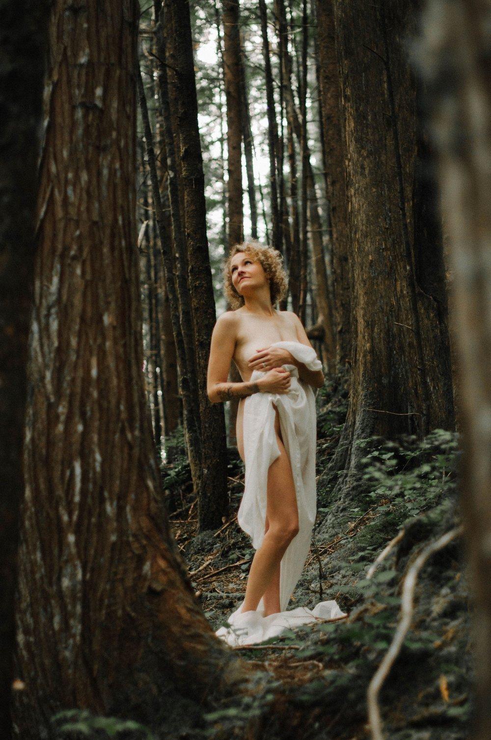 Boudoir Collective Fine Art Boudoir Blog and Magazine The Loud Camera Outdoor Forest Boudoir 4.jpg
