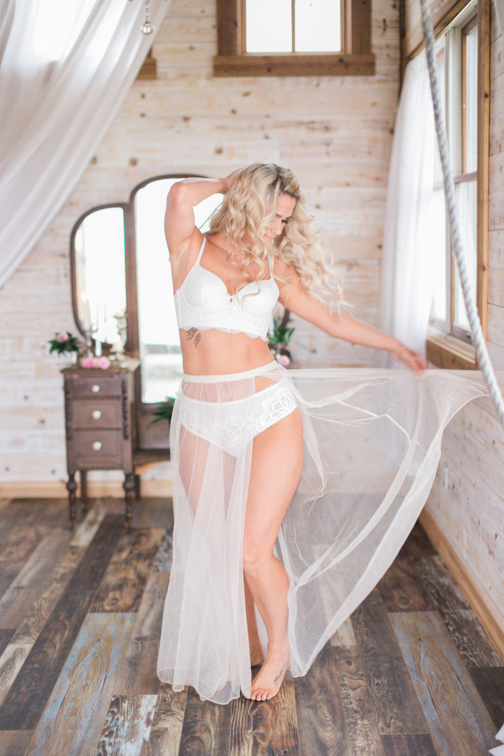 Boudoir Collective Fine Art Boudoir Blog Christine Sarah Photography Bridal Boudoir (5).jpg