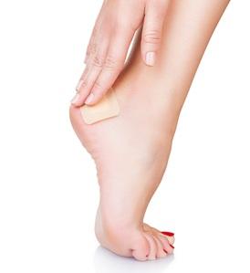 44977336_S_bandaid_foot_bandage_blister.jpg