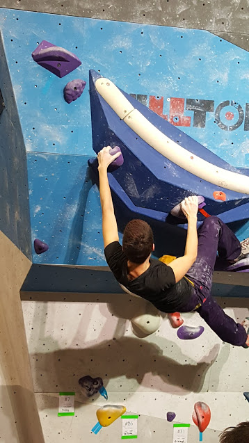 kd climbing2.jpg