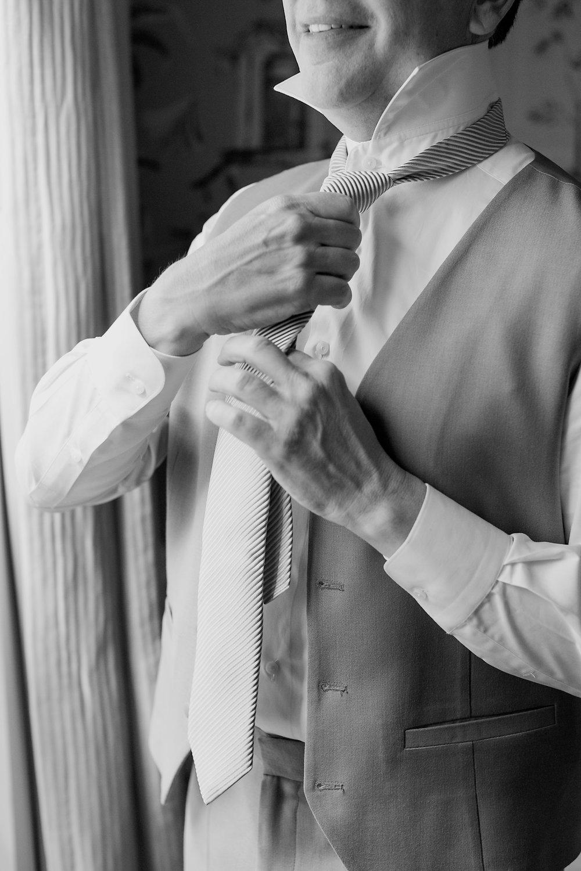 Groom Details - Dallas, Tx - Summer Wedding - Julian Leaver Events