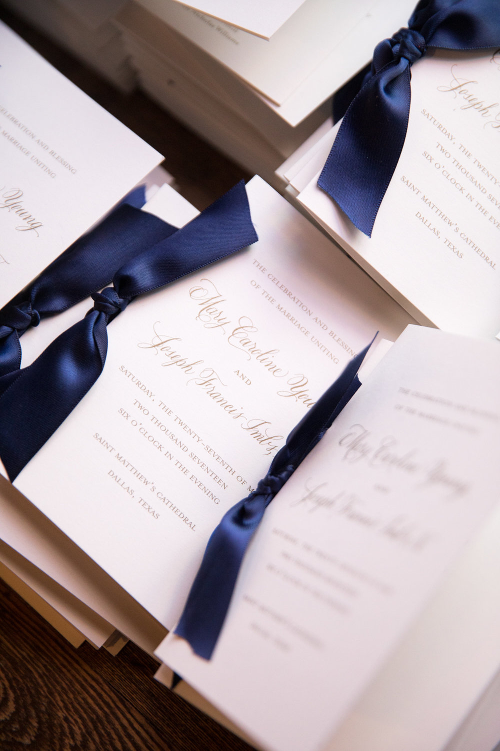 Stationary Details - Dallas, Tx - Spring Wedding - Julian Leaver Events