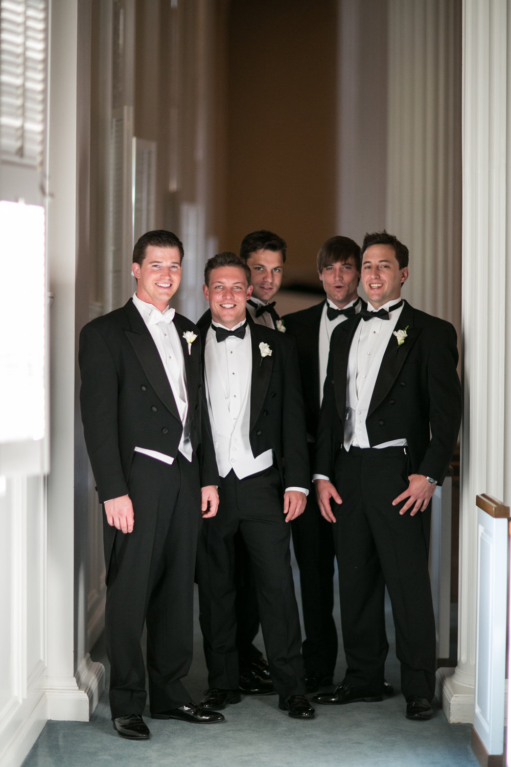 Groomsmen Details - Dallas, Tx - Spring Wedding - Julian Leaver Events