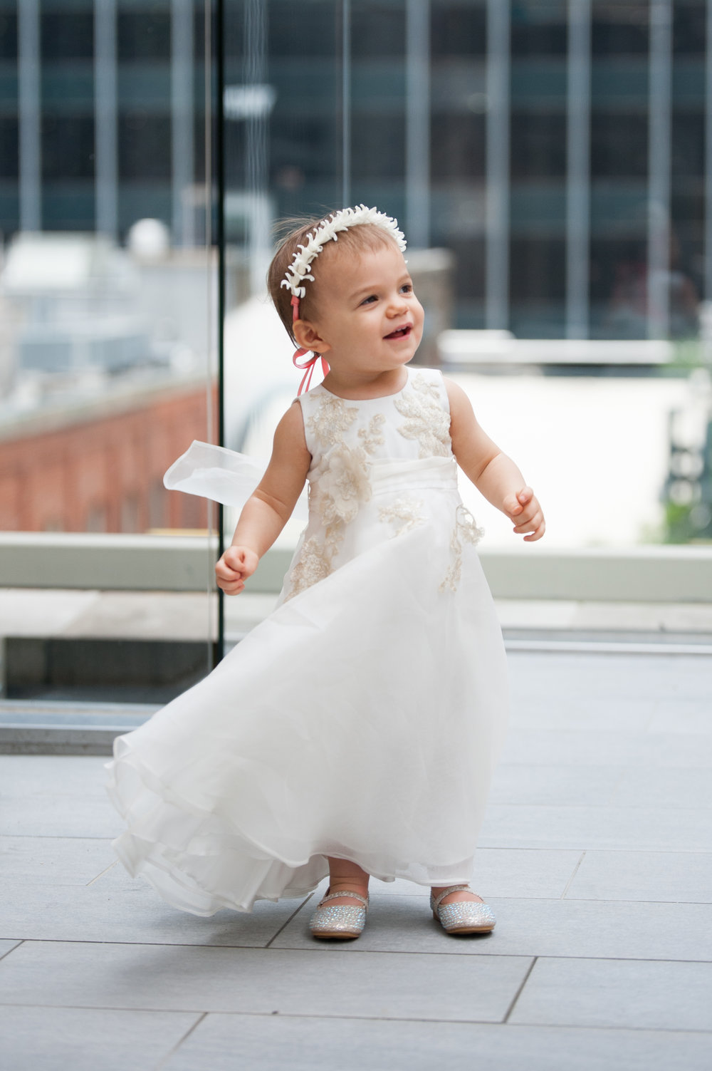 Flower Girl Details - Dallas, Tx - Spring Wedding - Julian Leaver Events
